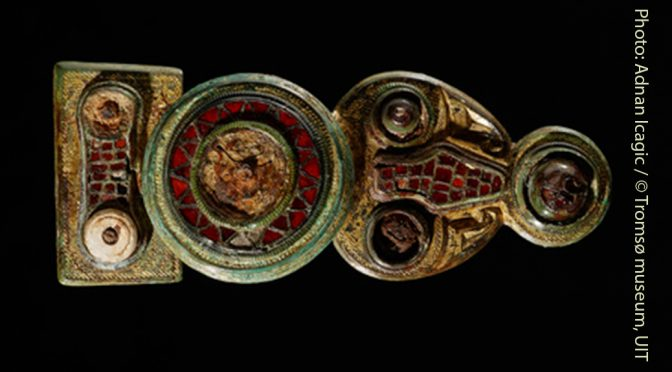 Garnet jewellery in Norway: The Norwegian disc-on-bow brooches and Viking memories